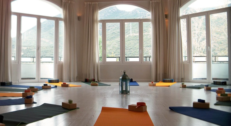 Condition your yoga room correctly