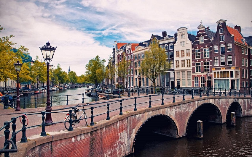 romantic destinations to visit with your partner