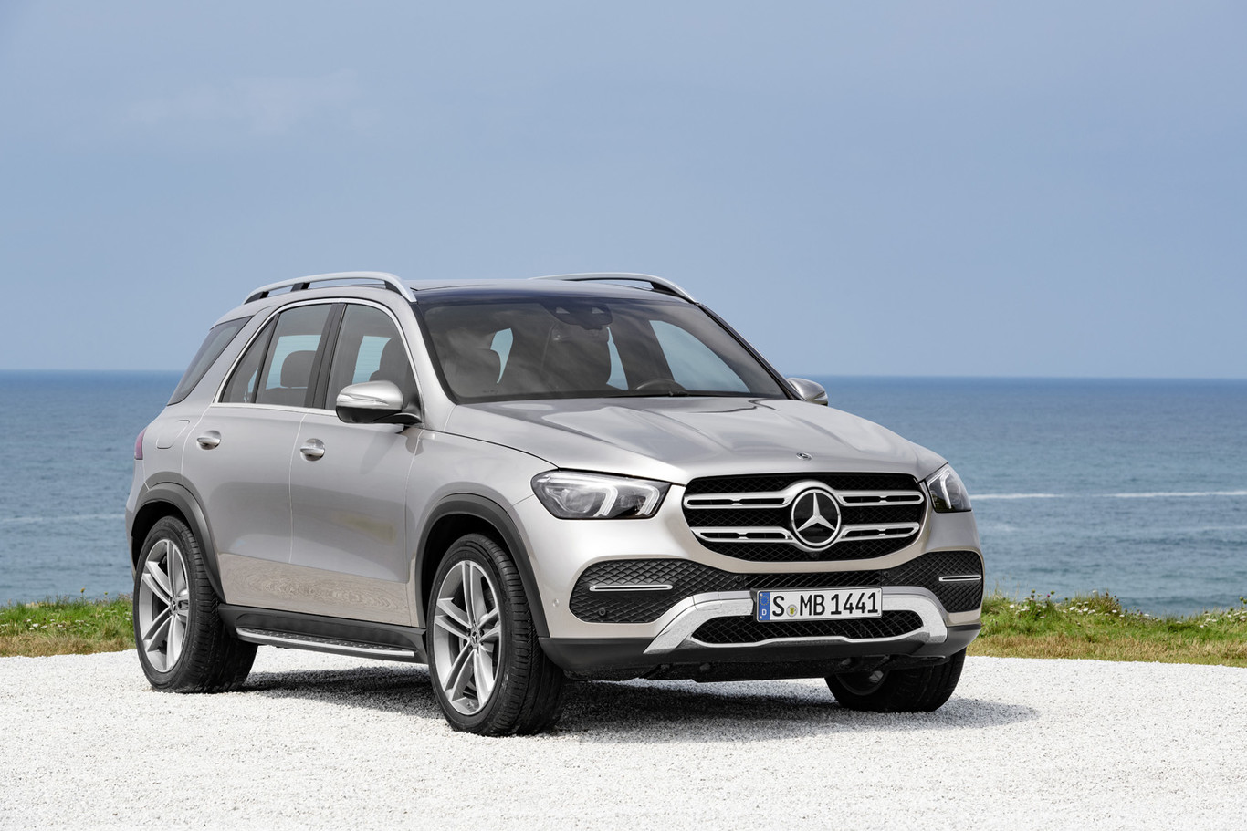 The Mercedes-Benz GLE 2019 premieres design, fully digital interior and lots of technology