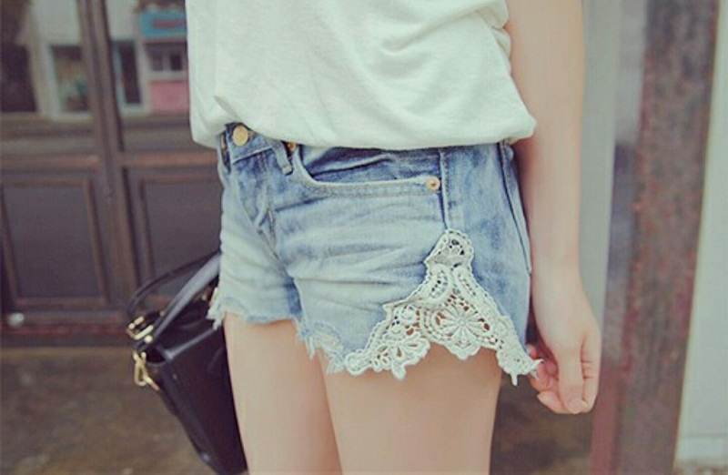 How To Make Fashionable Shorts From Old Jeans?