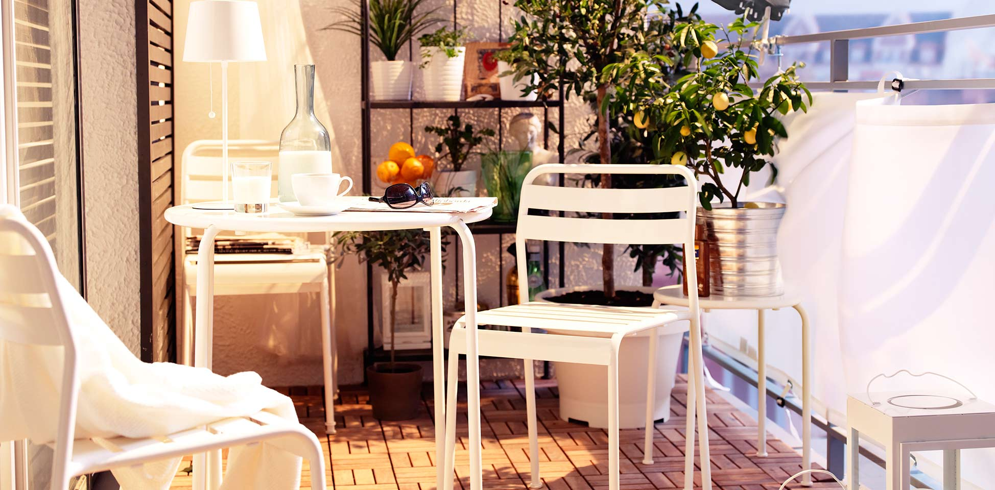 How to create a comfortable and relaxing space on your balcony