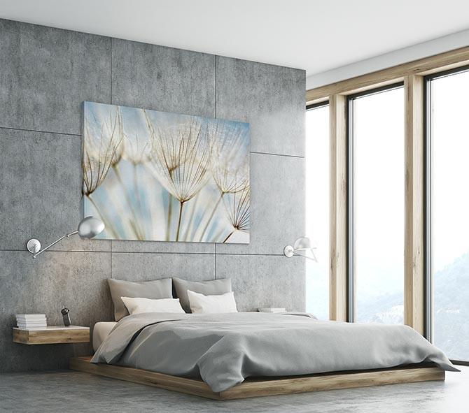 Should I choose a minimalist bedroom?