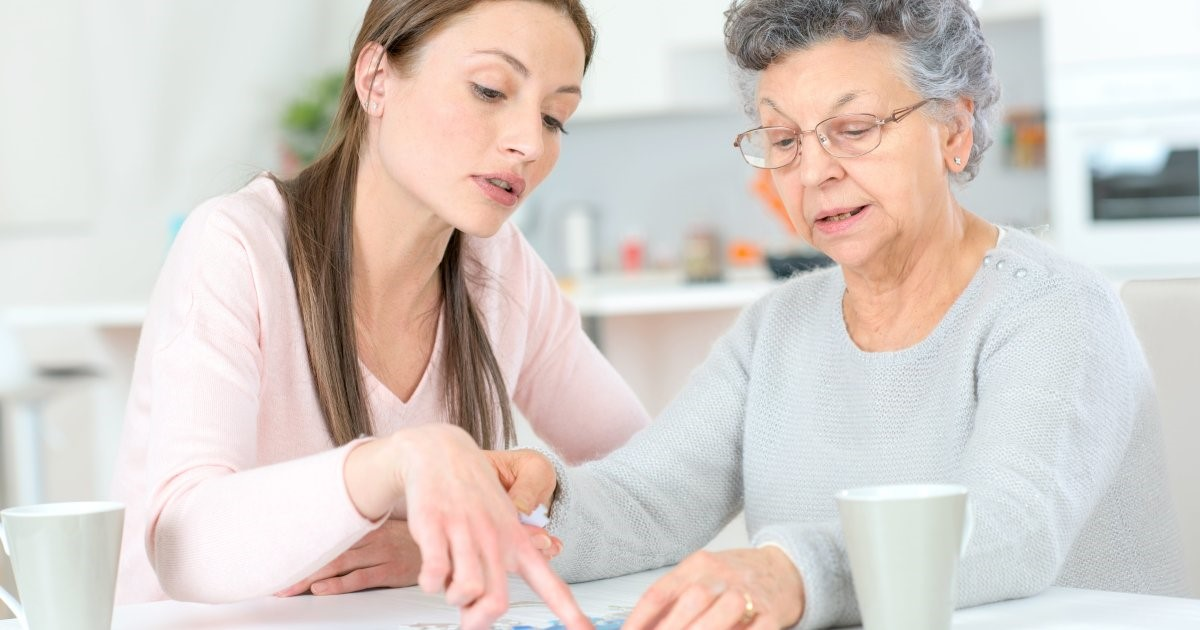 How to Choose a Caregiver for My Loved One?