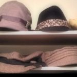 organize a hat party
