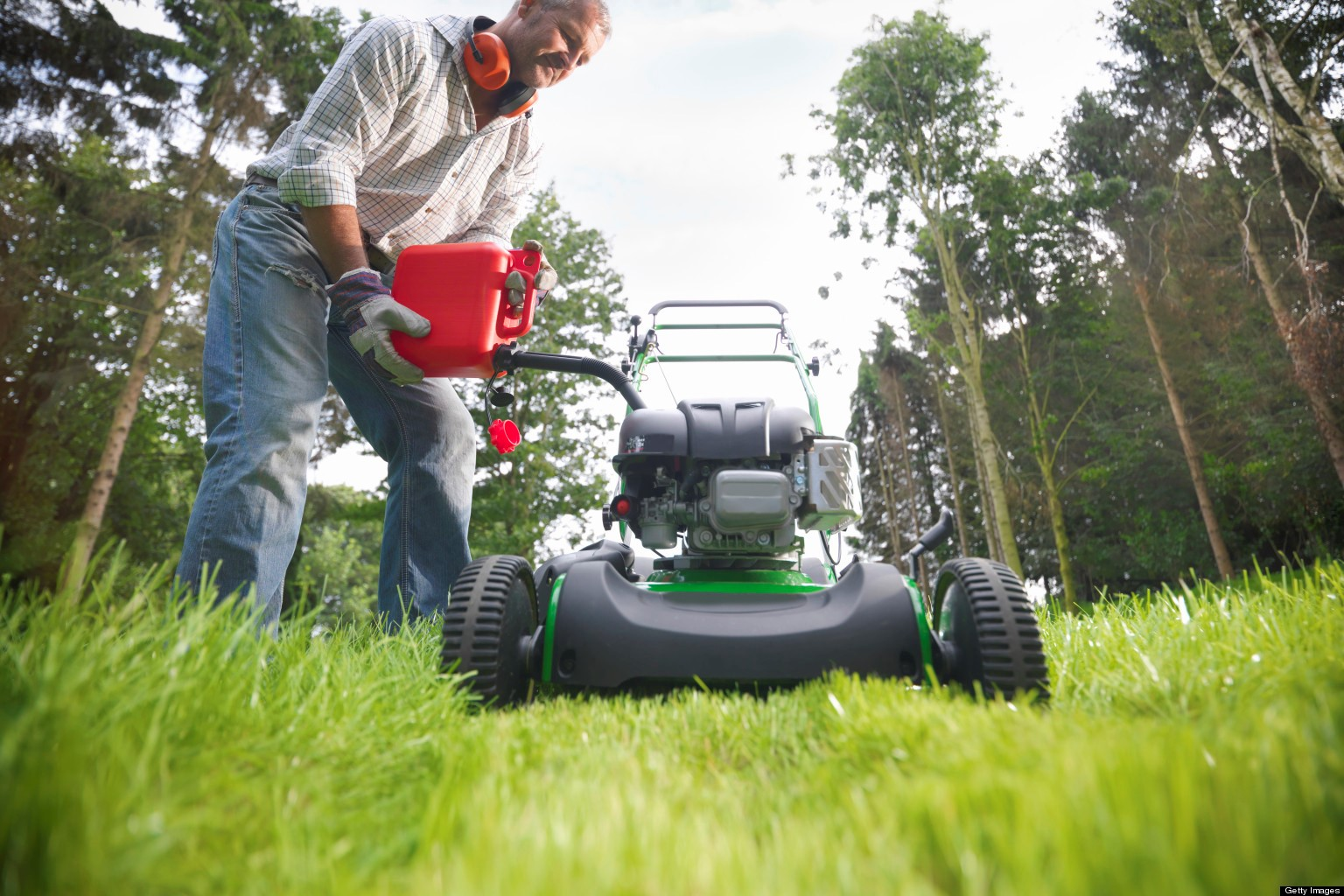 How to Maintain Your Petrol Mower